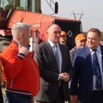 Губернатор Б. А. Дубровский на сосновских полях
